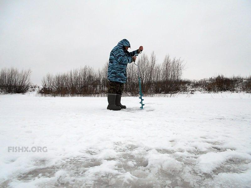 Рыбалкой на Ошле зимой