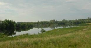 Заводь реки
