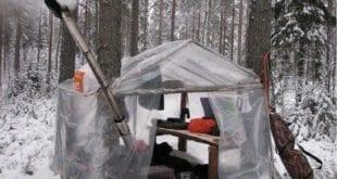 Палатка и нападение волков