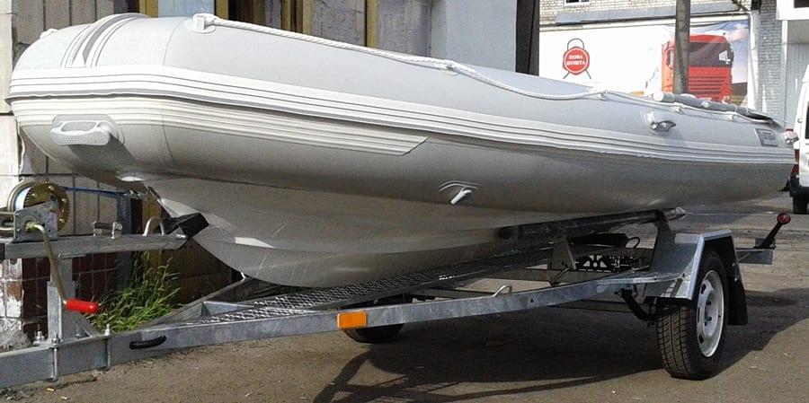 Лодка РИБ для троллинга