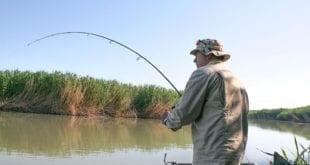 """""""Мастодонт"""" Петрович не хочет учиться современной ловле рыбы"""