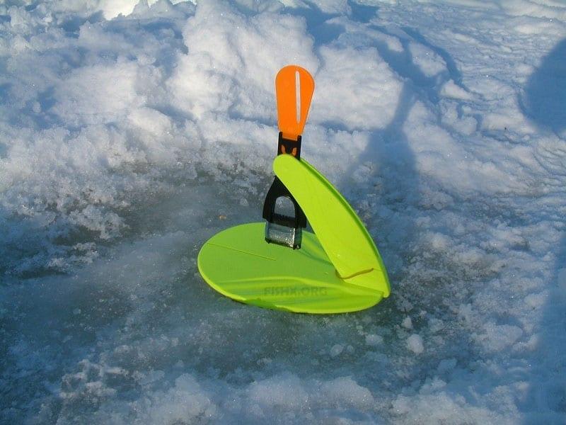 Жерлица на льду
