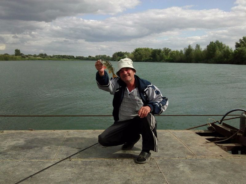 Рыбалка с парома, река Сухая