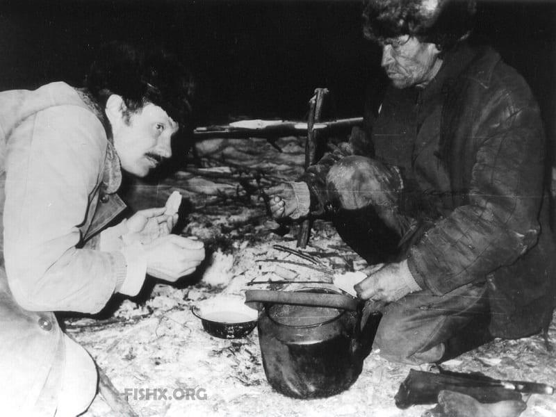 Виктор-Копчёный (справа)