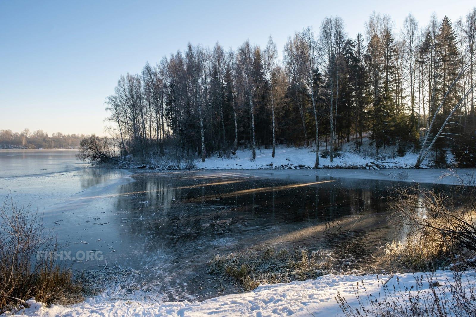 Ловля рыбы зимой на речных затонах